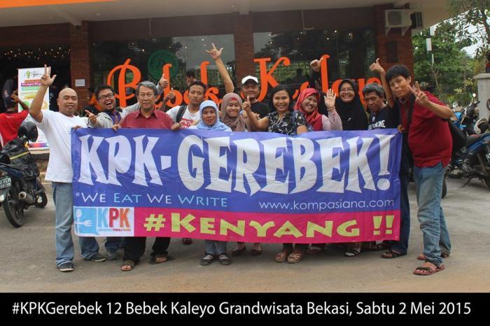 Pasukan KPK (Kompasianer Penggila Kuliner) saat gerebek Resto Kaleyo - Grand Wisata Bekasi (foto dok KPK-Rahab Ganendra)