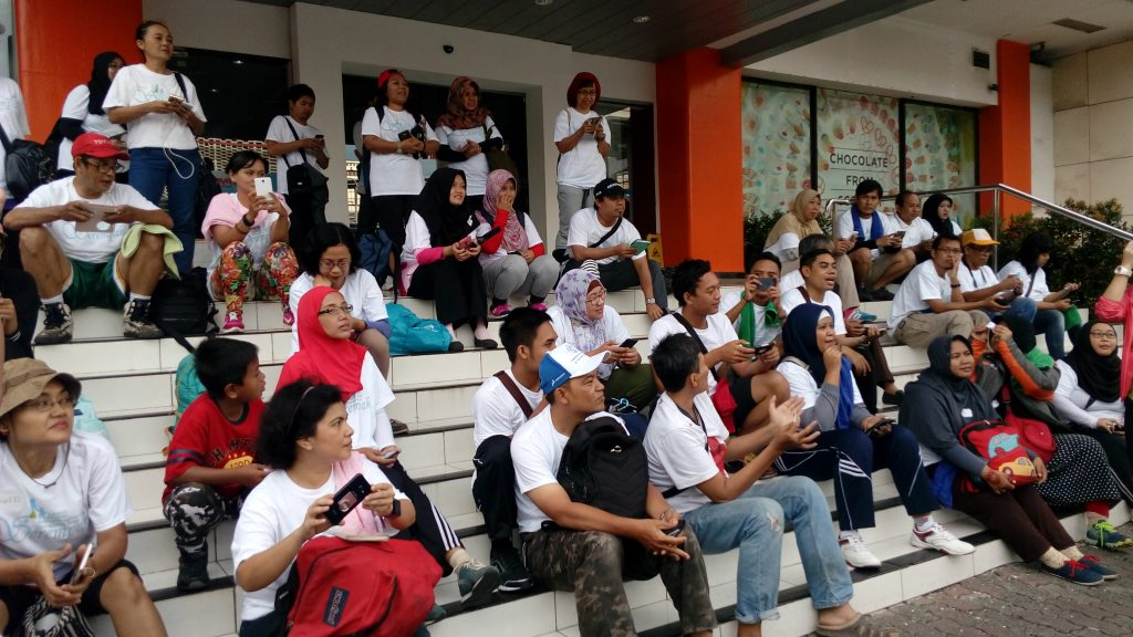 KOMUNITAS BLOGGER diundang menjadi peserta diskusi dan jalan sehat (foto Sitti Rabiah)