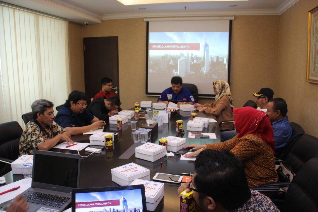 Suasana pelatihan pengelolaan Media Online Vonis Tipikor (foto : dok DPN GNPK/Ami Hasmi)