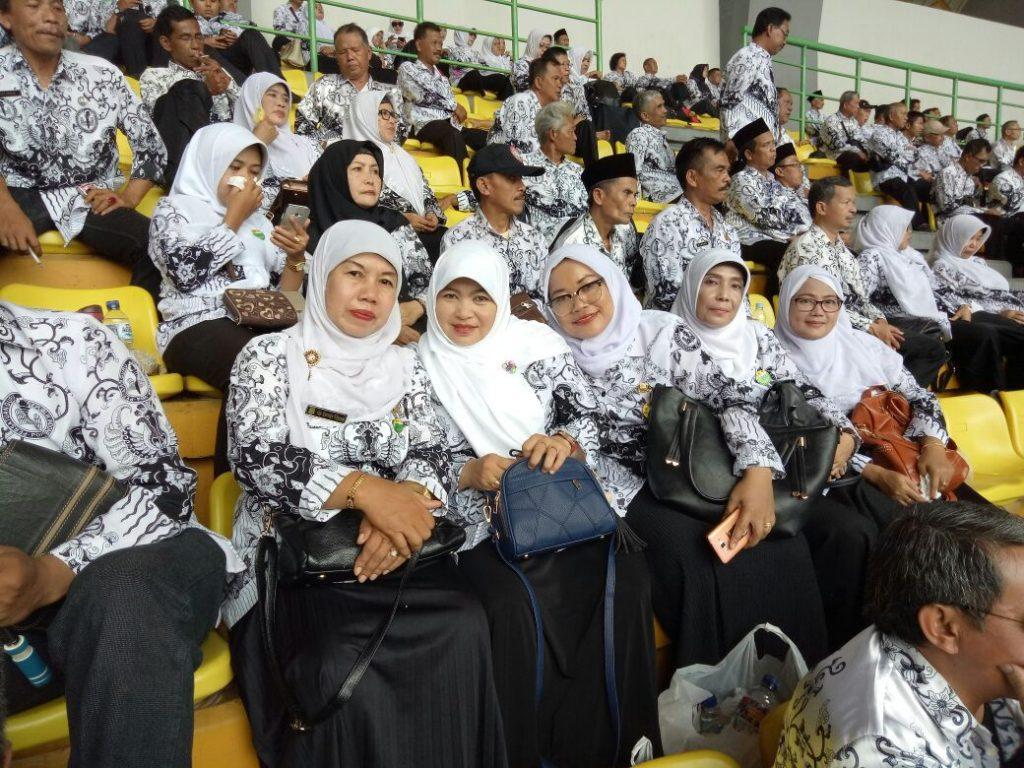 Guru-guru dari perwakilan PGRI Kecamatan Mustikajaya, Kota Bekasi (dok pribadi)