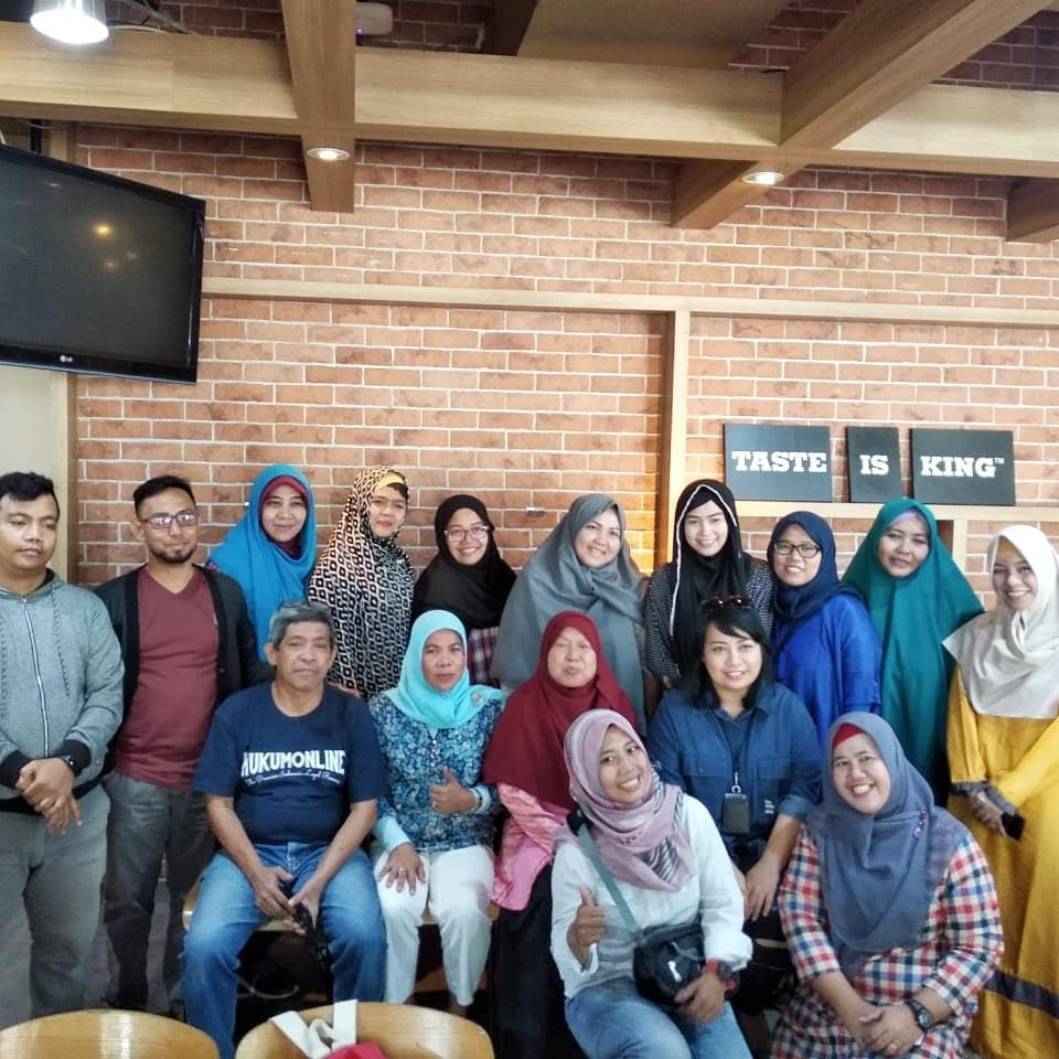 Foto bersama peserta sharing session di acara IWITA di Burger King, Kuningan Jakarta Selatan (foto dok IWITA)