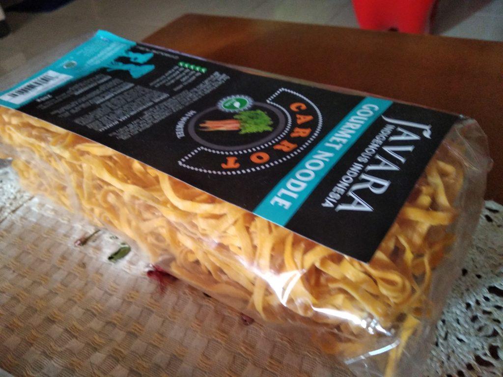 Mie yang dibuat dari bahan wortel (foto: Bunda Sitti Rabiah)
