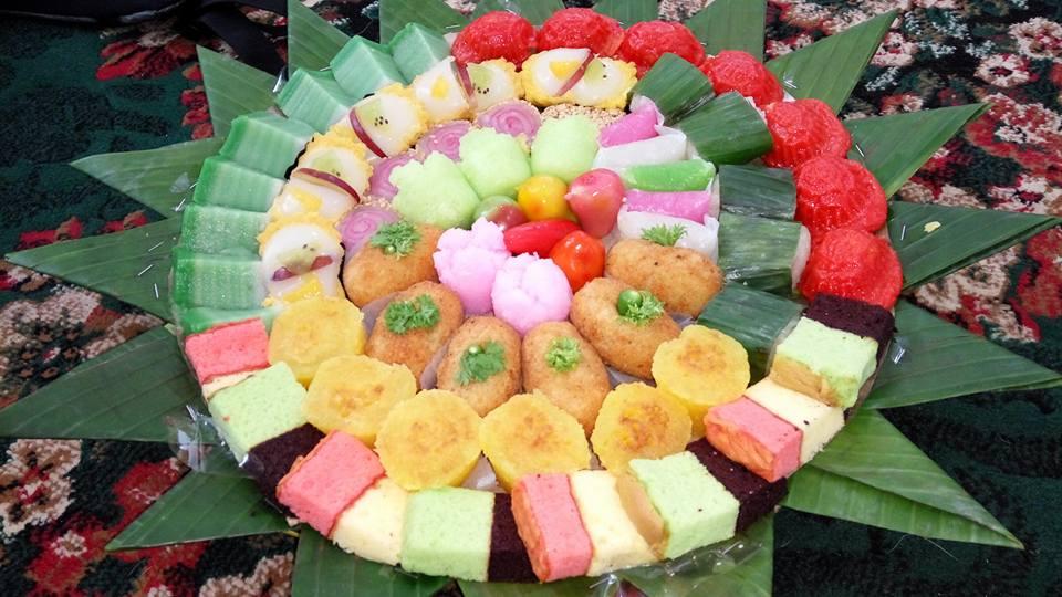 Kue hidangan untuk peserta pelatihan BRID (foto Hazmi Fitriyasa)